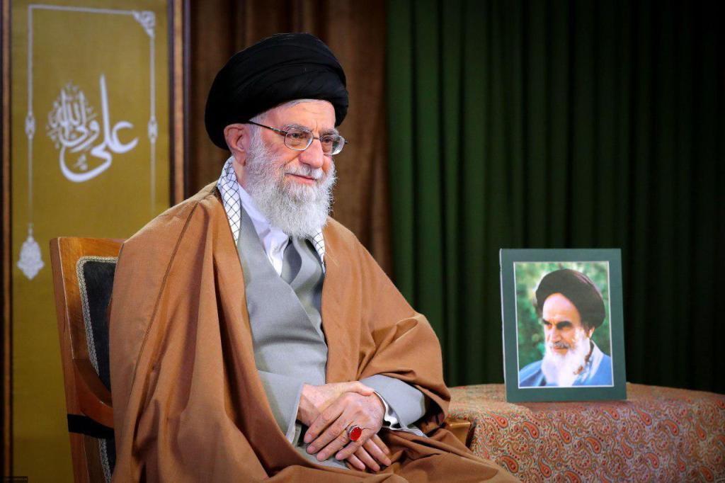 رهبر انقلاب سال ۹۸ را سال «رونق تولید» اعلام کردند