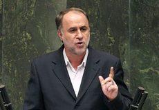 حاجیبابایی: دولت مصوبه افزایش حقوق را برعکس عمل میکند
