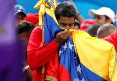 مادورو خواستار استعفای همه وزرای کابینه دولت ونزوئلا شد