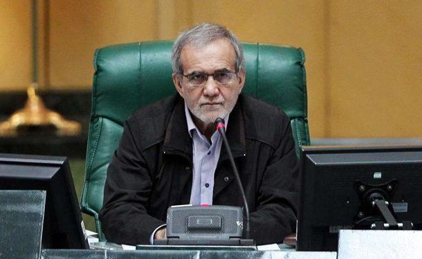پزشکیان: ملت ایران مقتدرانه از سپاه حمایت می کند