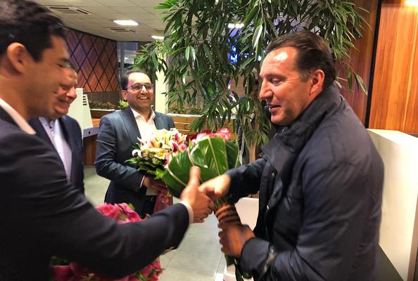 ويلموتس سرمربی تیم ملی وارد تهران شد