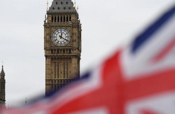 ادامه بازی لندن در زمین کاخ سفید