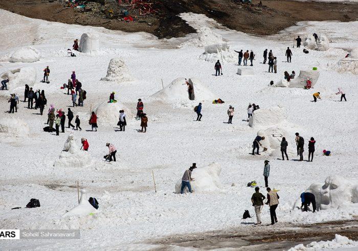 دومین جشنواره مجسمههای برفی