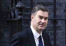 وزیر دادگستری انگلیس، استعفا از کابینه را تأیید کرد