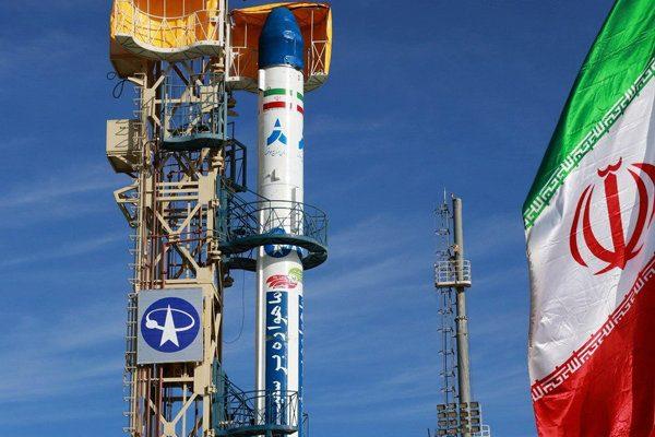 پرتاب ۳ ماهواره به فضا در سال ۹۸