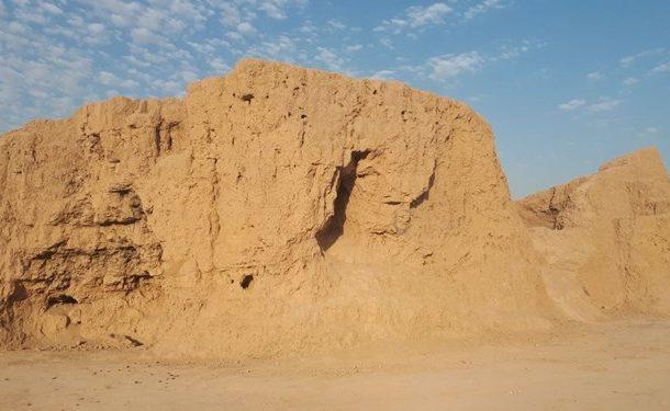 تخریب لودری تپه ۸ هزارساله قرچک