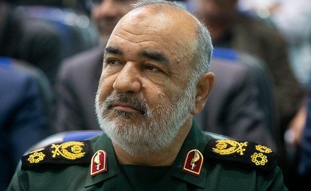 سرلشکر سلامی: دستگیری سرشبکه آمدنیوز موجب غافلگیری سرویسهای اطلاعاتی بیگانه شد