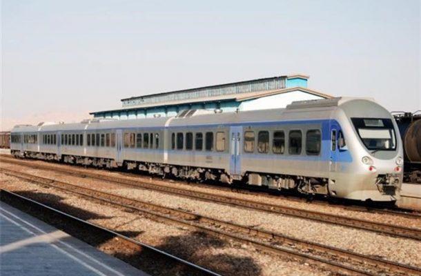 برخورد پراید با قطار تهران -قزوین/ ۳ نفر جان باختند