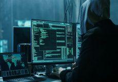 هکرهایی که به کاهدان میزنند