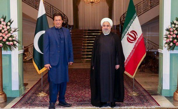 روحانی : خطرات رژیم صهیونیستی برای منطقه را به مقام پاکستانی توضیح دادیم