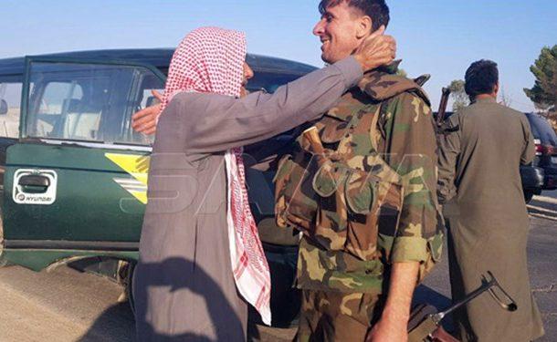 استقبال گسترده مردمی از ورود ارتش سوریه به «تل تمر» در حسکه