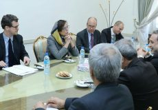عراقچی: ایران مصمم به برداشتن گامهای بعدی کاهش تعهدات برجامی است