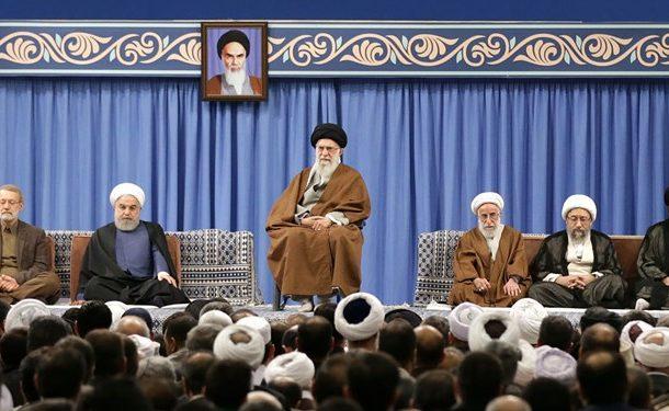 رهبر انقلاب: وحدت یک تاکتیک سیاسی نیست، یک اعتقاد و ایمان قلبی است