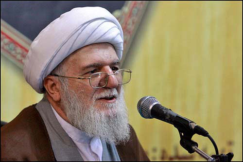 اخوت اسلامی باعث حرکت جامعه به سوی وحدت میشود
