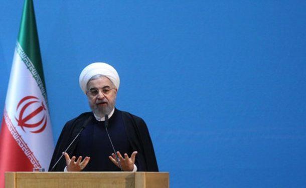 روحانی: قولهای اول دولت را در شرایط «صلح» داده بودیم، الان وارد «جنگ» شدهایم