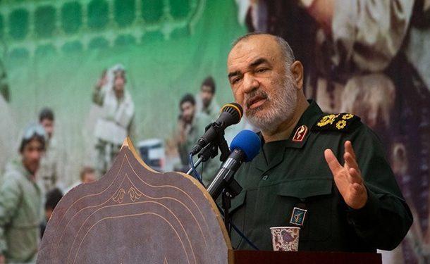 سرلشکر سلامی: بسیج نقطه کانونی عزت امت اسلامی است