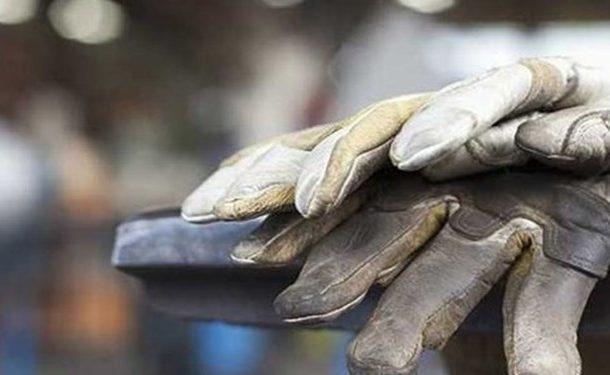۹۰ درصد بخش خدمات در کرونا تعطیل شد/ وجود ۷ میلیون شغل غیررسمی در کشور