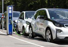 برقیها، ترمز بنزینیها را میکشند