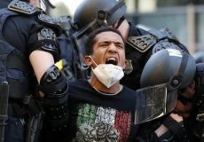 کشته شدن حداقل ۱۱ نفر در جریان اعتراضات ضدنژادپرستی در آمریکا