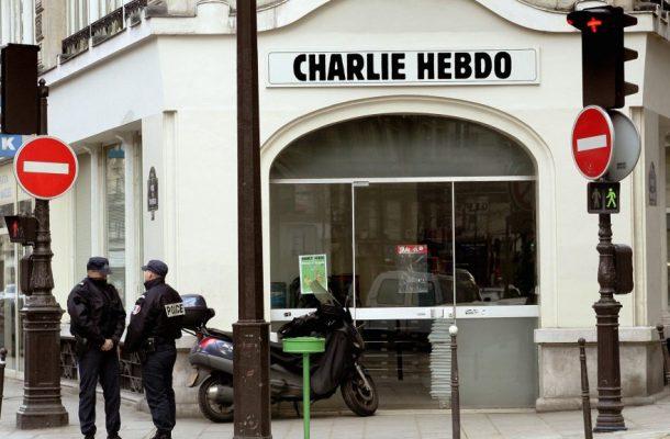 توهین به رئیسجمهور فرانسه، جرم توهین به اسلام، آزادی بیان