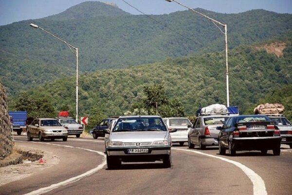 ممنوعیت تردد وسایل نقلیه سنگین در محور هراز ادامه دارد