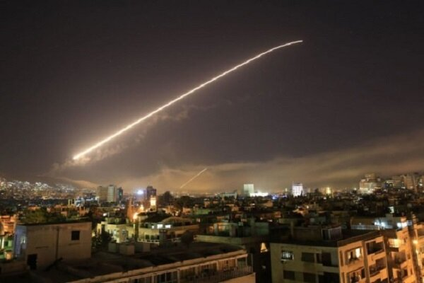 پدافند ارتش سوریه حملات رژیم صهیونیستی را خنثی کرد