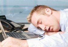 اینفوگرافی؛ راه های دوری از خواب آلودگی در طول روز
