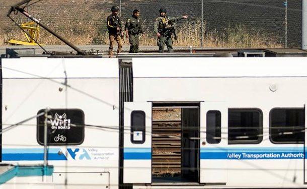 تیراندازی مرگبار در کالیفرنیای آمریکا؛ دستکم ۸ نفر کشته شدند