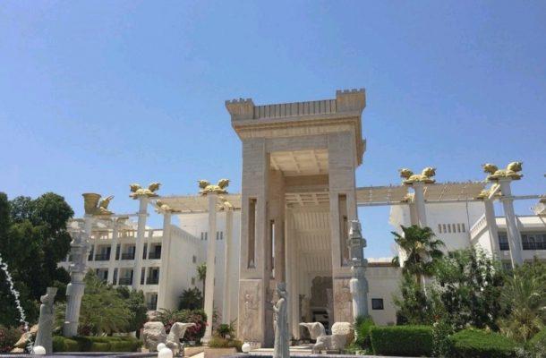 چرا هتل داریوش یکی از محبوبترین هتل های کیش است